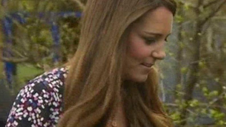 Общество: Кейт Миддлтон появилась на параде в образе королевы Испании