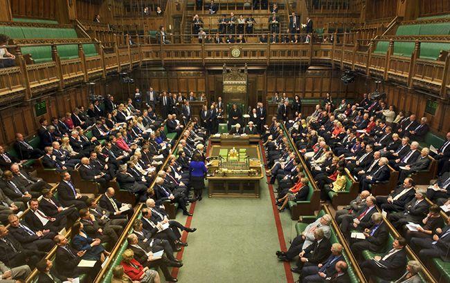 Общество: В Британии зарегистрировали 10 кандидатов в премьеры