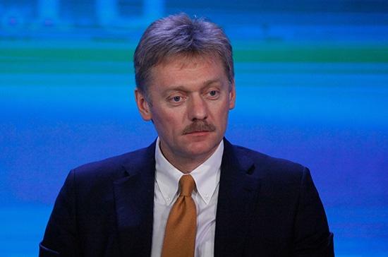 Общество: Москва и Лондон понимают необходимость оживить отношения в интересах бизнеса, заявил Песков