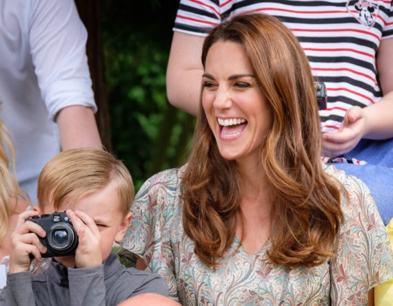 Знаменитости: Кейт Миддлтон посетила семинар по фотографии в Лондоне