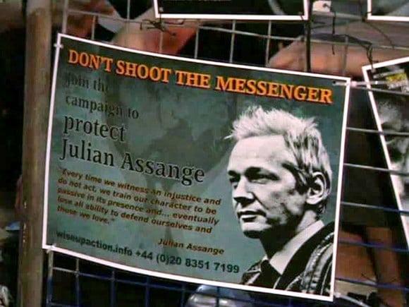 Общество: СМИ: Минюст США направил в Британию официальный запрос об экстрадиции Ассанжа
