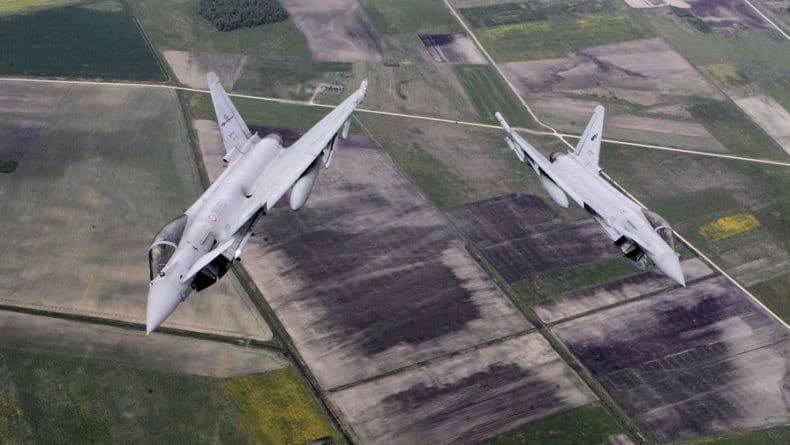 Общество: Истребители Британии подняли на перехват самолетов РФ