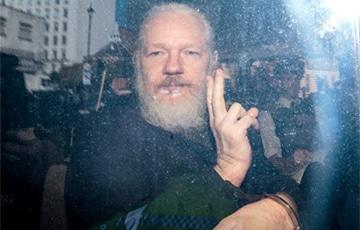 Великобритания подписала разрешение на экстрадицию Ассанжа в США
