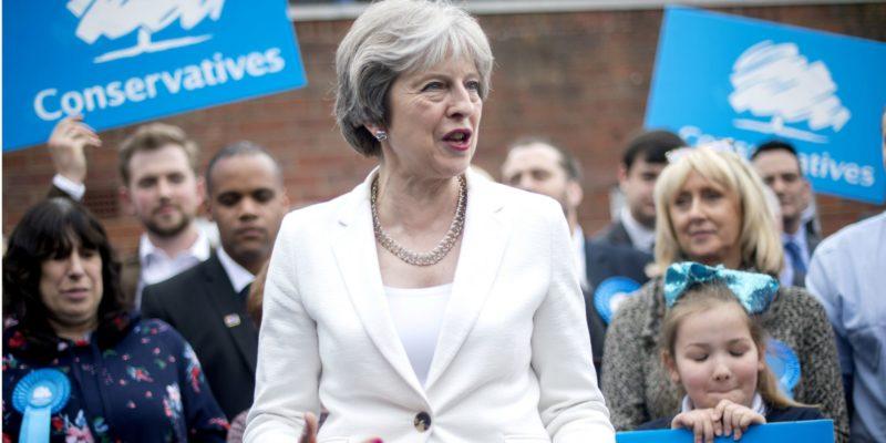 Общество: Официально: Тереза Мэй покинула должность лидера Консервативной партии