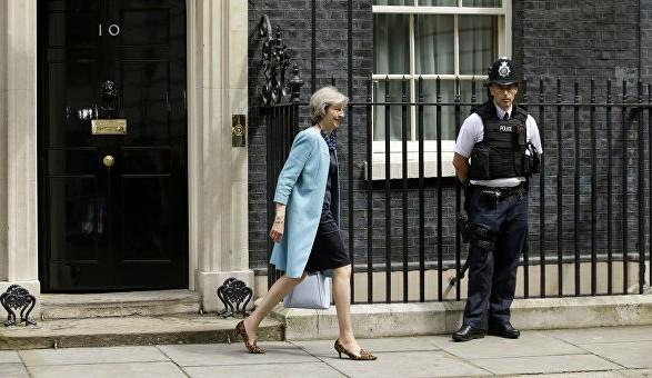 Общество: Кандидатами на пост премьера Британии зарегистрировали 10 политиков