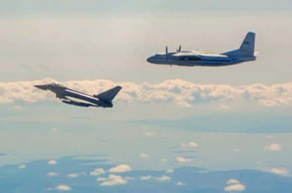 Общество: Британские истребители перехватили у Эстонии два российских самолета