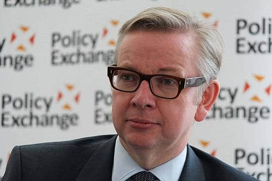 Общество: Кандидат на должность премьер-министра Великобритании признался в употреблении кокаина
