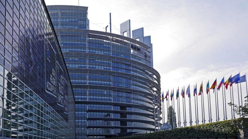 Общество: Политолог заявил, что Россия ждет реальных шагов ЕС по примирению