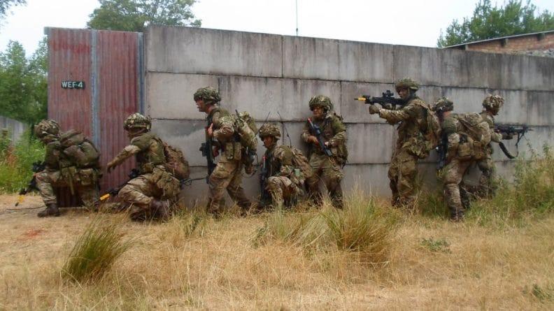 Общество: Британский спецназ переориентируют на борьбу с Россией