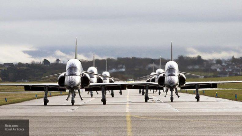 Общество: Британские истребители вылетели на перехват гражданского самолета