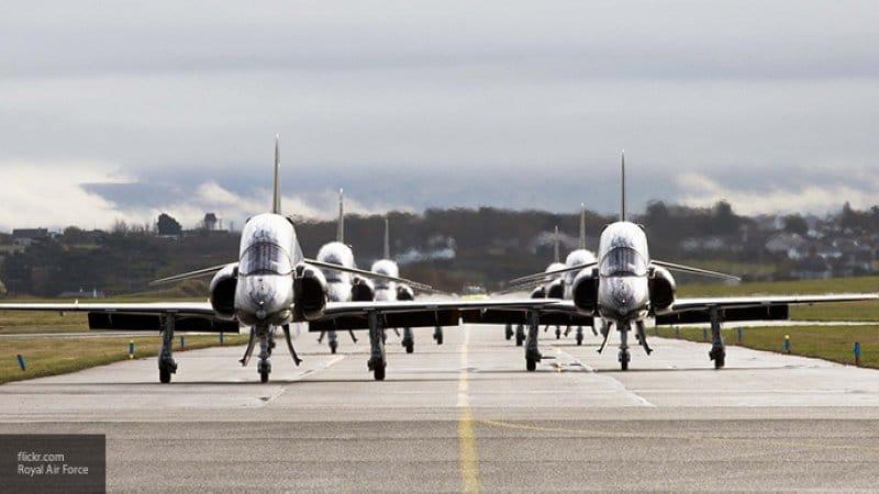 Британские истребители вылетели на перехват гражданского самолета