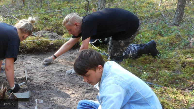 Древнюю деревянную руку возрастом более 2000 лет нашли в Великобритании