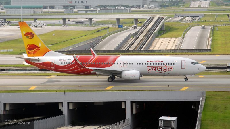 Самолет Air India вынужденно сел в Лондоне из-за информации о бомбе