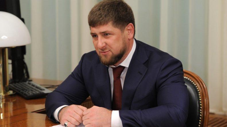 Общество: Кадыров поддержал слова Путина о предателях родины