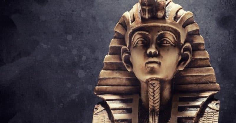 Общество: Египет потребует от Великобритании бюст Тутанхамона