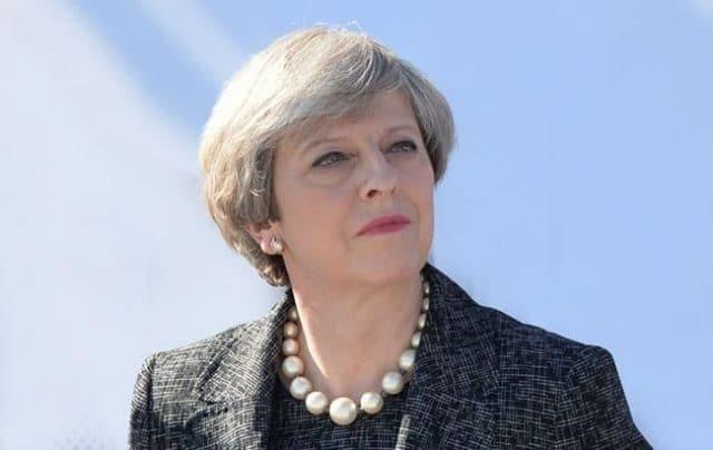 Общество: Тереза Мэй покидает пост лидера британских консерваторов
