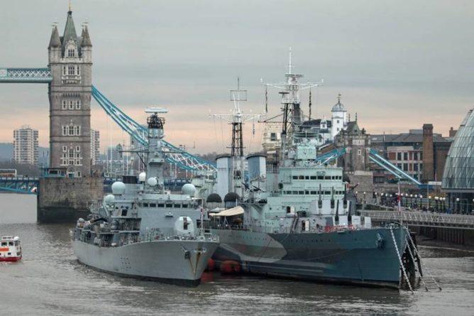 Общество: Лондон признал несостоятельность своих Военно-морских сил