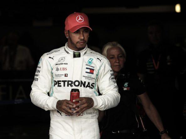 Спорт: Хэмилтон выиграл Гран-при Великобритании, Квят — девятый