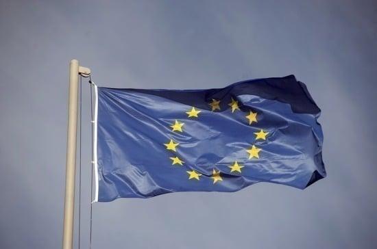 Политика: Еврокомиссия готова работать с любым новым премьером Великобритании
