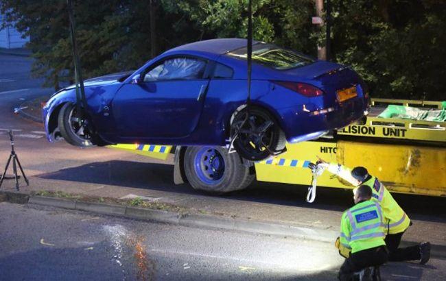 Общество: Возле Лондона в ДТП на встрече автолюбителей пострадали 14 человек