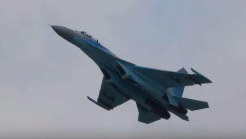 Общество: Украинский летчик-истребитель ошеломил участников авиашоу в Великобритании (ВИДЕО)