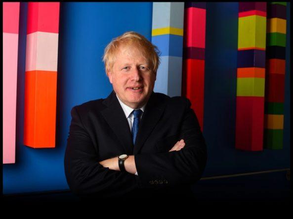 Общество: Недовольные политикой Джонсона британцы собрались в центре Лондона