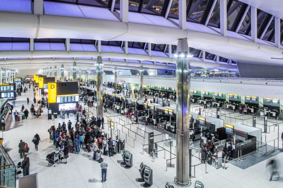 Общество: В аэропорту Лондона забастовки: В МИД предупреждают о задержках рейсов