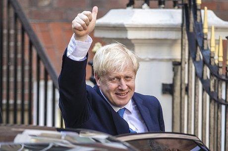 Общество: «Я сделаю Британию снова великой», — говорит Джонсон, повторяя слова Трампа