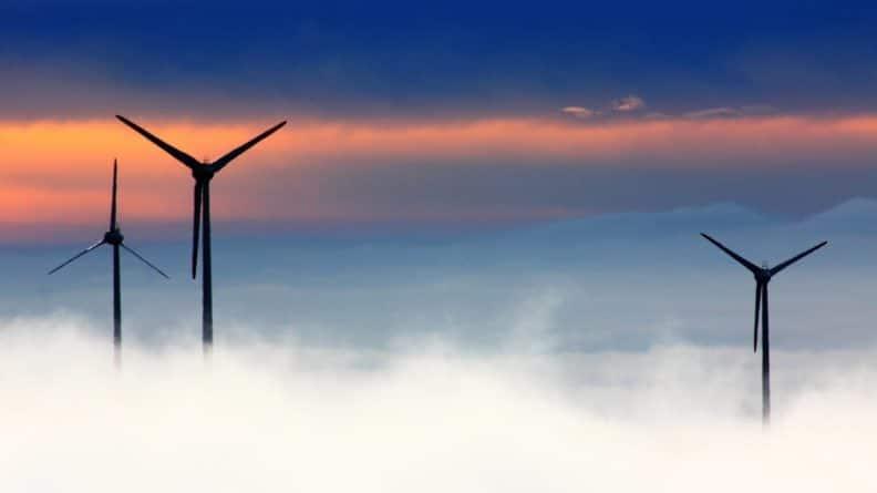 Общество: Половина немцев отказываются жить рядом с ветряками
