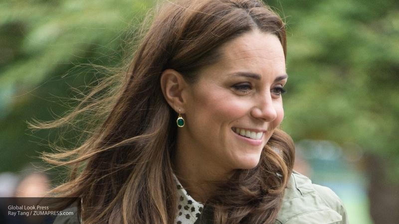 Дочка Кейт Миддлтон и принца Уильяма удивила публику клатчем за пять долларов