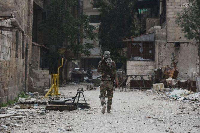 Общество: Сирия новости 22 июля 16.30: в Ракку прибыла делегация от международной коалиции, очередная атака ИГИЛ* в Дейр-эз-Зоре
