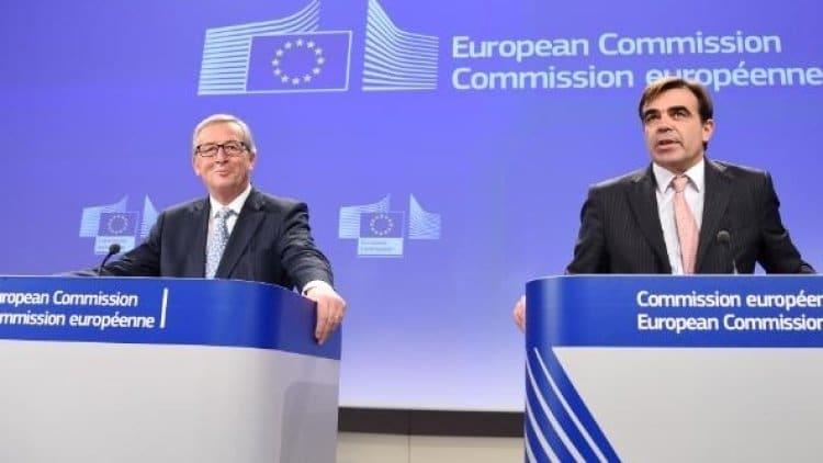 Политика: Еврокомиссия выразила готовность сотрудничать с любым премьером Британии