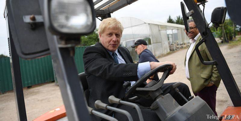 Общество: Джонсон изменил позицию и может провести досрочные выборы в Британии