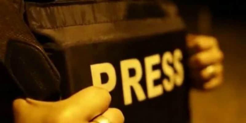 Общество: Британия и Канада создают коалицию по свободе журналистов