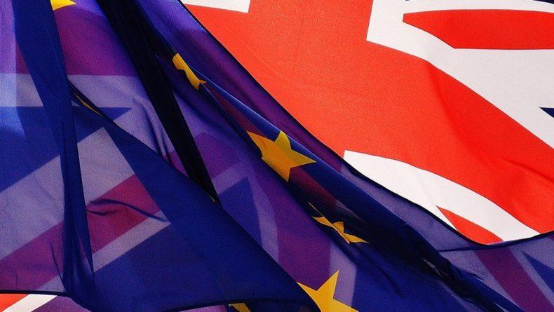 Общество: Британия может столкнуться с рядом проблем при выходе из ЕС без сделки