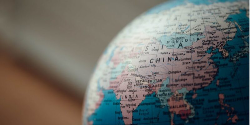 Общество: Пекин арестовал сотрудника консульства Британии вГонконге