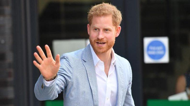 Эксперт назвал причину непопулярности принца Гарри и Меган Маркл. РЕН ТВ