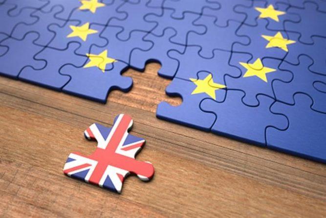 Великобритания отзывает своих чиновников из органов Евросоюза