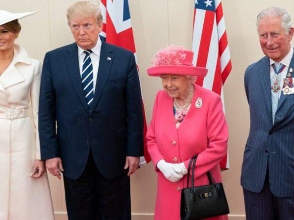 Общество: Елизавета II обвинила Трампа в порче газона перед Букингемским дворцом