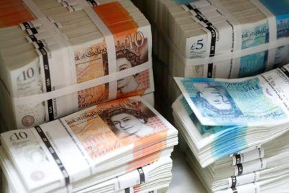 Без рубрики: Паралич британского парламента обвалил фунт стерлингов