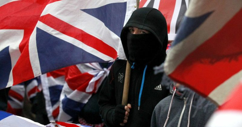 Общество: Более 1,5 млн человек подписали петицию против приостановки работы парламента Великобритании