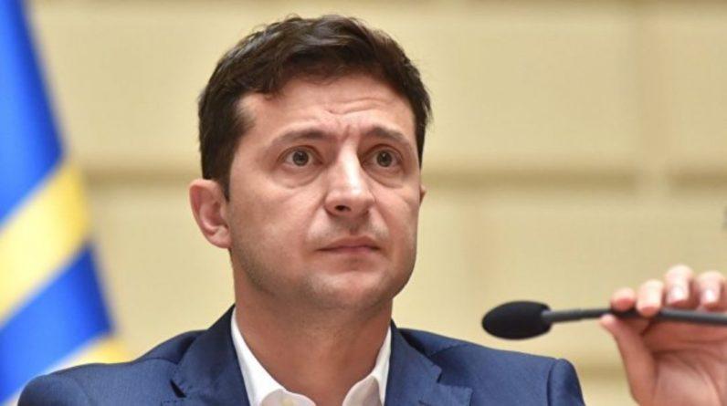 Общество: Зеленский принял судьбоносный закон и нажил немало проблем: «теперь посадят быстро и надолго»