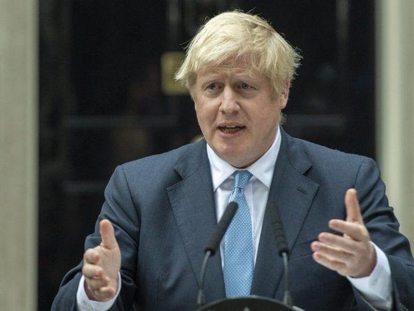 Общество: Джонсон не исключает нарушения закона для исполнения Brexit в срок