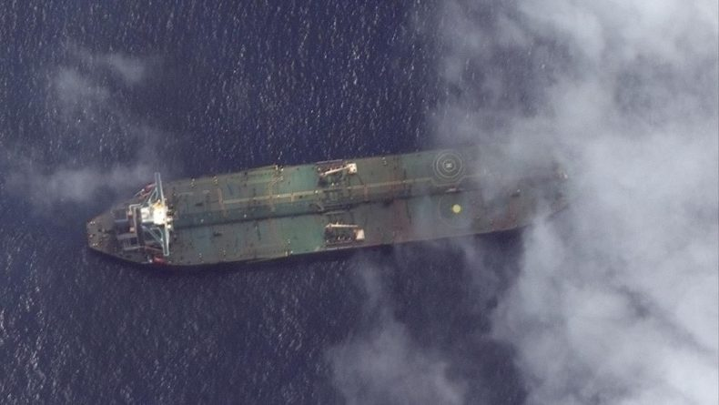 Общество: Иранский танкер обошёл санкции США