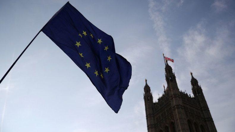 Общество: Правительство Британии обязали обнародовать план брексита без сделки