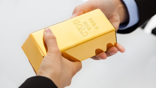 Общество: За золото продать и душу