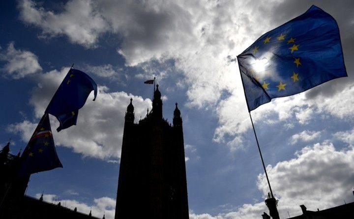 Общество: Брюссель не склонен давать Лондону отсрочку по Brexit