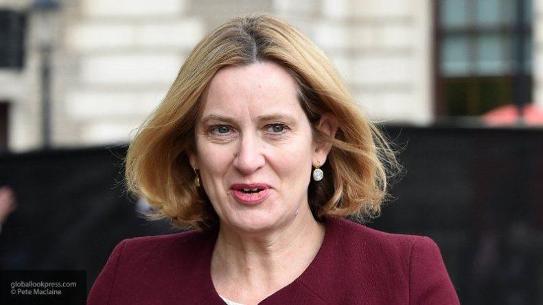 Общество: Министр труда и пенсий Великобритании оставила пост из-за разногласий с Джонсоном
