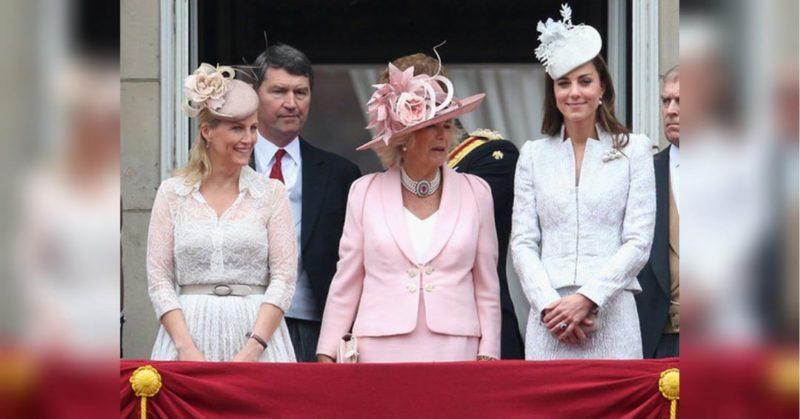 Общество: «Она ей, как дочь»: стало известно, кого королева Елизавета любит больше всех из своих некровных родственниц (фото)
