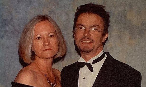 Общество: Женщина, забившая мужа до смерти молотком, заявила, что любит его